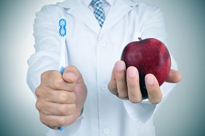 Поставяне на фасети 2 - MedicalDent