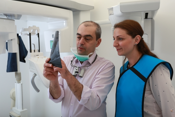 Dental Implants bulgaria 1